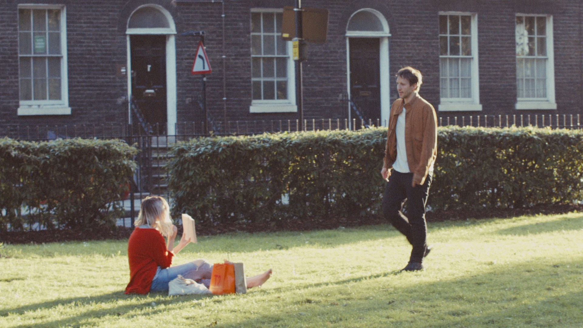 Still from short film OFFLINE-DATING by Samuel Abrahams